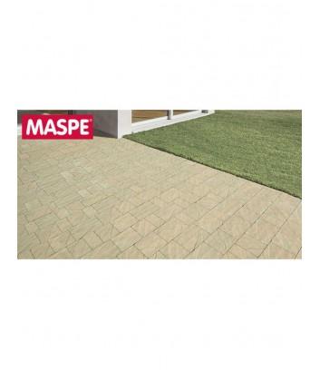 Particolare ingresso con pavimento skema sandstone giallo reale Maspe