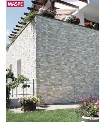 Rivestimento esterno dell'intera casa in pietra naturale Canova della Maspe